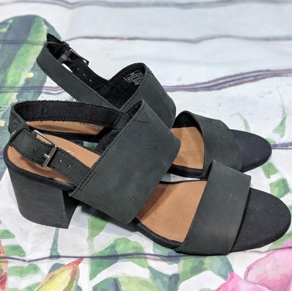 0b01b743a80 Toms Poppy Black Leather Block Heel Sandals 9  107.  M 5bfdfa52035cf141fea68240
